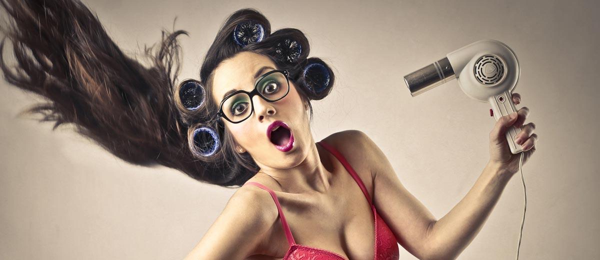 Nahlédněte pod pokličku profesionálních kadeřníků a pořiďte si domů kadeřnické potřeby a vlasovou kosmetiku jako pravý profesionál!