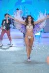 016-Victorias-Secreet-Fashion-show-2013
