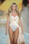 022-Victorias-Secreet-Fashion-show-2013