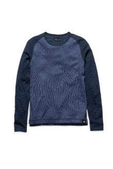 14-David-Beckham-HM-bodywear-for-men-2014