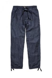 16-David-Beckham-HM-bodywear-for-men-2014