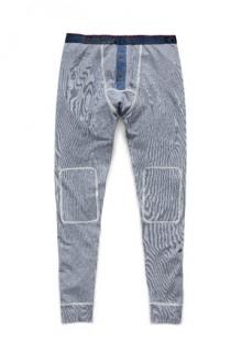 17-David-Beckham-HM-bodywear-for-men-2014