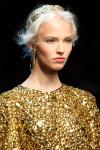 004-Dolce -x-Gabbana-ozdoby-do-vlasu-top-10-jarnich-ucesu-vlasy-strihy