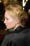 011-Dolce -x-Gabbana-ozdoby-do-vlasu-top-10-jarnich-ucesu-vlasy-strihy