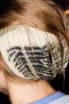 016-Rodarte-ozdoby-do-vlasu-top-10-jarnich-ucesu-vlasy-strihy