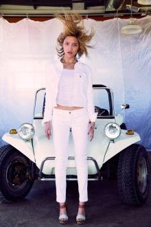 002-Levis-novi-kalifornane-styl-jeans