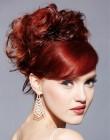 009-cervene-vlasy-barevne-ucesy-barva-krve
