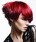014-cervene-vlasy-barevne-ucesy-barva-krve