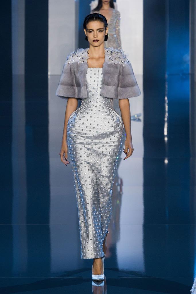 f02d6587d490 Večerní šaty – 8 inspirativních trendů pro plesovou sezónu ...
