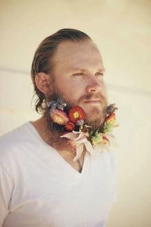 004-rozkvetle-brady-bradky