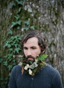 010-rozkvetle-brady-bradky