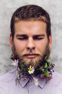 016-rozkvetle-brady-bradky