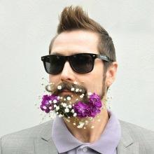 020-rozkvetle-brady-bradky