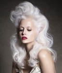 003-platinova-blond--vlasy-ucesy-strihy
