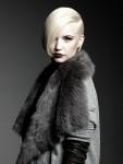 005-platinova-blond--vlasy-ucesy-strihy