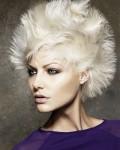 012-platinova-blond--vlasy-ucesy-strihy