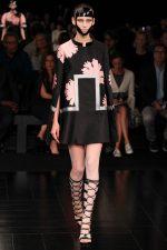 001-alexander-mcqueen--ready-to-wear-rtw--jaro-leto-spring-2015--paris