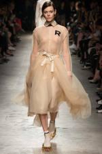 001-rochas--ready-to-wear-rtw--jaro-leto-spring-2015--paris