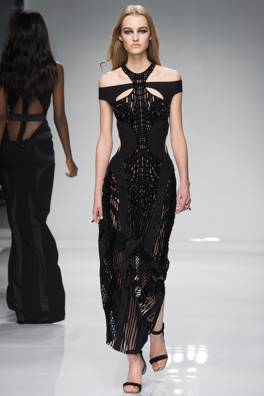 Luxusní sportovní móda podle Haute Couture Versace  862a0eb442
