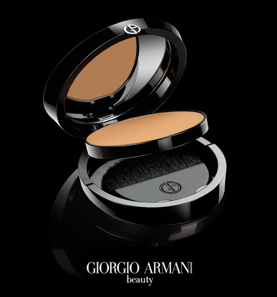 Giorgio Armani Maestro compact fusion make up