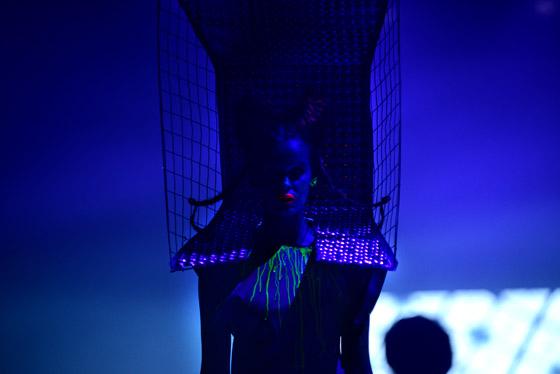 Vyvrcholením galavečera se stala avantgardní vlasová show Bomtonu