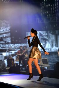 V rámci večera vystoupila zpěvačka Celeste Buckingham