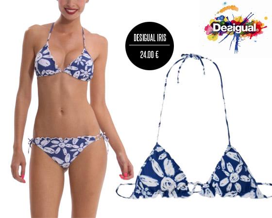 Plavky Desigual s modrobílým květnovým vzorem.