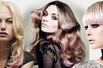 Co dělat, když se nám naše blond vlasy omrzí? Zkuste růžovou barvu na vlasy. Fotogalerie účesů v našem článku vám představí 40 nápadů na růžové vlasy.