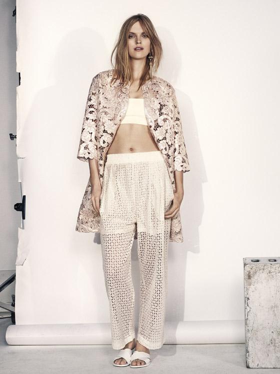 Krajka hraje na dámském oblečení H&M letos v létě hlavní roli.