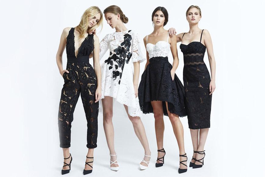 Tato černobílá móda trochu připomíná módní kreace známé dvojice Dolce&Gabbana. Nenechte se splést. Tato kolekce je z dílny Zuhair Murad. (RTW kolekce S/S 2015)