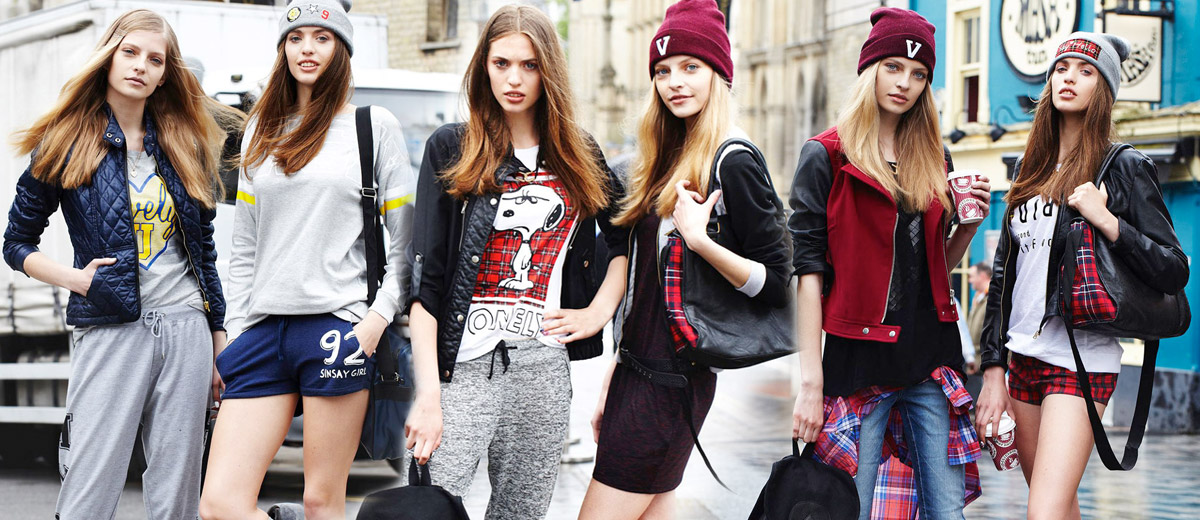 Za každých okolností mladá – tak se představuje móda a nový SINSAY katalog pro podzim a zimu 2014/2015 s módou pro trendy slečny.