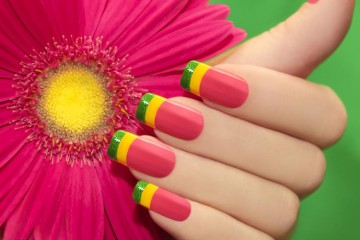 Akrylové a gelové nehty dokážou vykouzlit nádhernou manikúru!