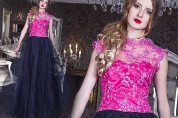 Nádherné růžovo-černé plesové šaty jsou z nové autorské kolekce české módní designérky žijící v Paříži – Zoryana Stekhnovych.