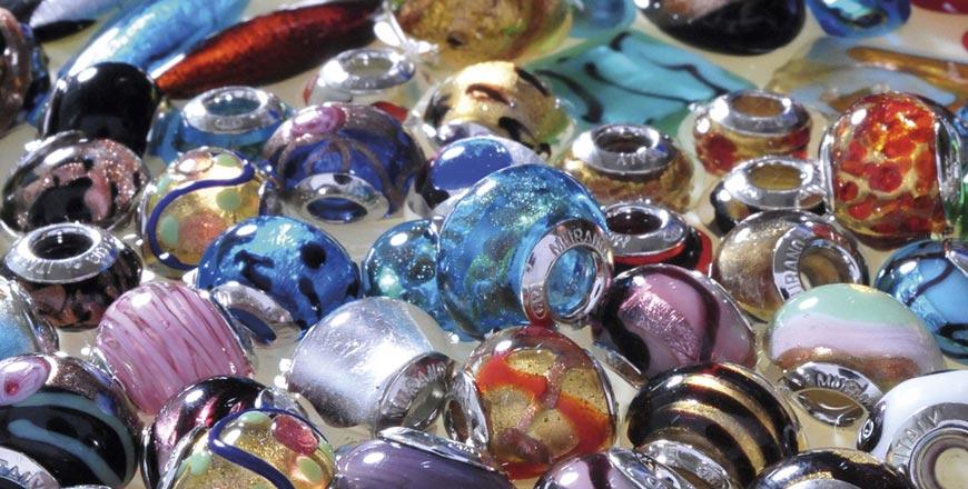 Šperky Gaia jsou uceleným konceptem italské šperkařské společnosti BASSANO COLLECTION GROUP. Dostupné jsou i v Česku.