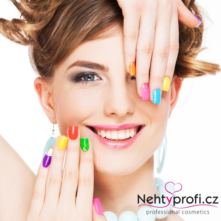 Specializovaný e-shop s produkty pro profesionální manikúru nově nabízí také kosmetiku značky Dermacol.