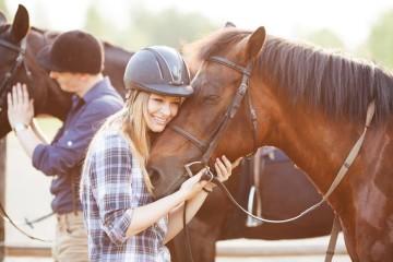 Hledáte e-shop s vybavení pro amatérské i profesionální jezdce na koni? Zkuste Kalenda-kone.cz!
