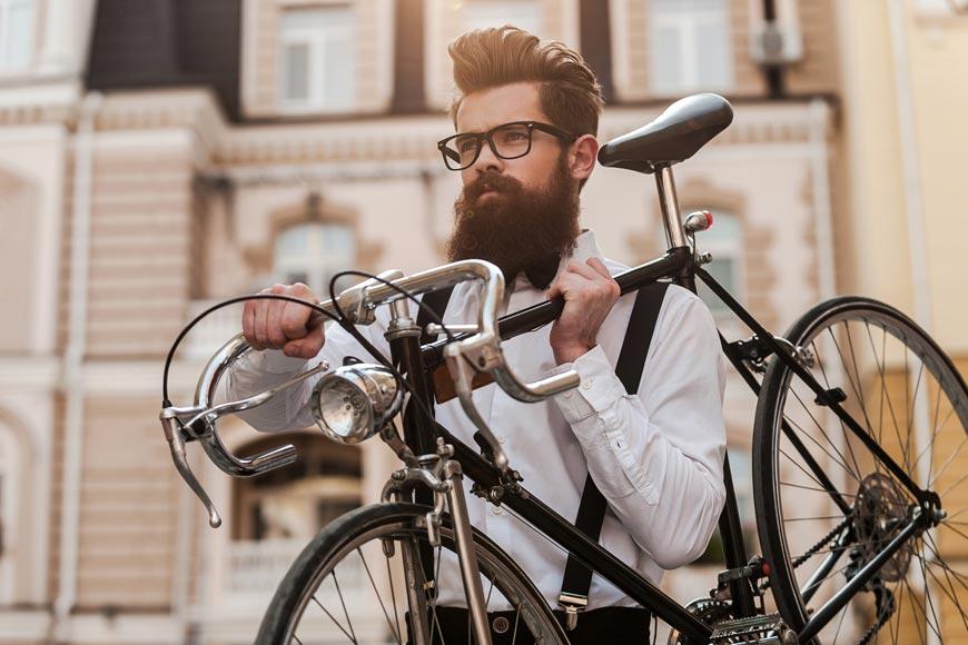 Hipster – fenomén, který vrátil parádní vousy zpátky na scénu. Přidejte se! S knírem nebo s plnovousem!