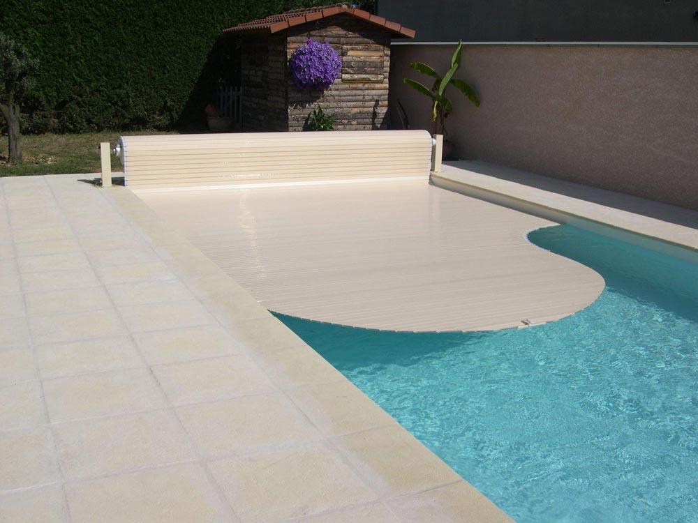 Lamelové bazénové zakrytí Walu Roll.