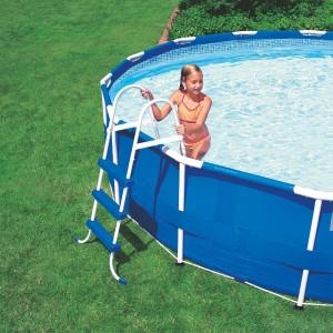 Nadzemní bazény nepotřebují stavební práce