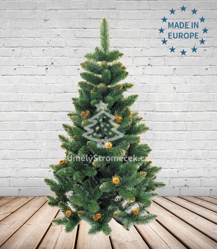 Umělé vánoční stromky – borovice zdobená. (Tento vánoční stromek koupíte v e-shopu Umelystromecek.cz)
