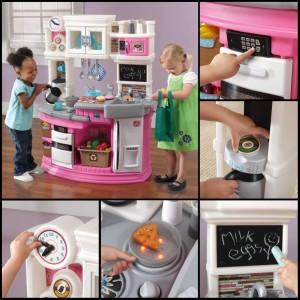 Dětská kuchyňka je skvělý dárek pro děti třeba k Vánocům. Kuchyňky na obrázku jsou od amerického výrobce Step2 a v České republice je prodává společnost StepTwo.