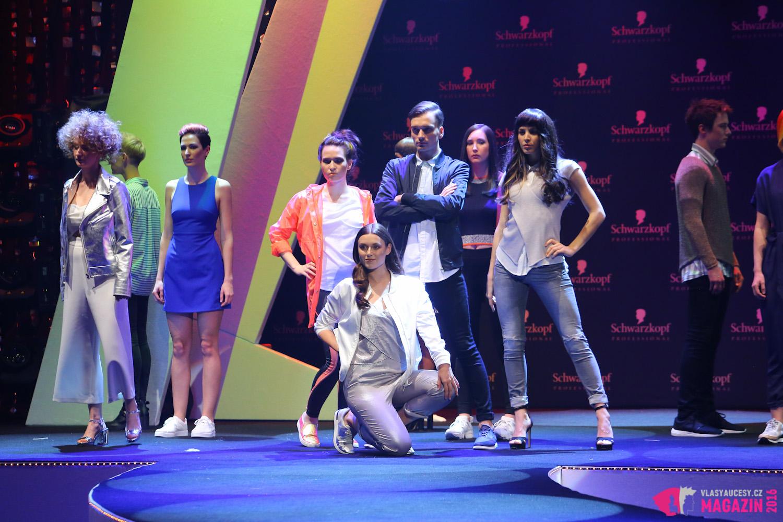 Schwarzkopf Professional představil svoji Essential Looks show pro jaro/léto 2016. Hosté galavečera Kadeřníka roku 2016 dostali možnost vzhlédnou show nejnovějších Essential Looks pro jaro a léto 2016 s názvem Made to create.