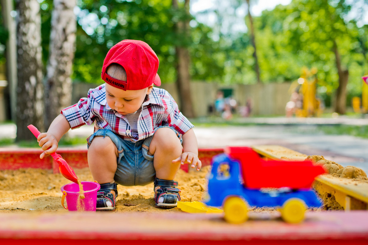 Děti dětská hřiště a pískoviště milují – a to v každém věku.