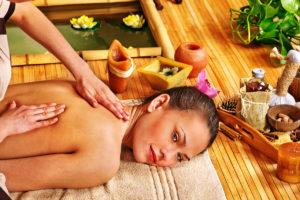 Trápí vás bolesti svalů, šlach a kloubů, trpíte bolestí hlavy nebo se potýkáte se stresem? Zkuste tradiční thajské masáže České Budějovice.