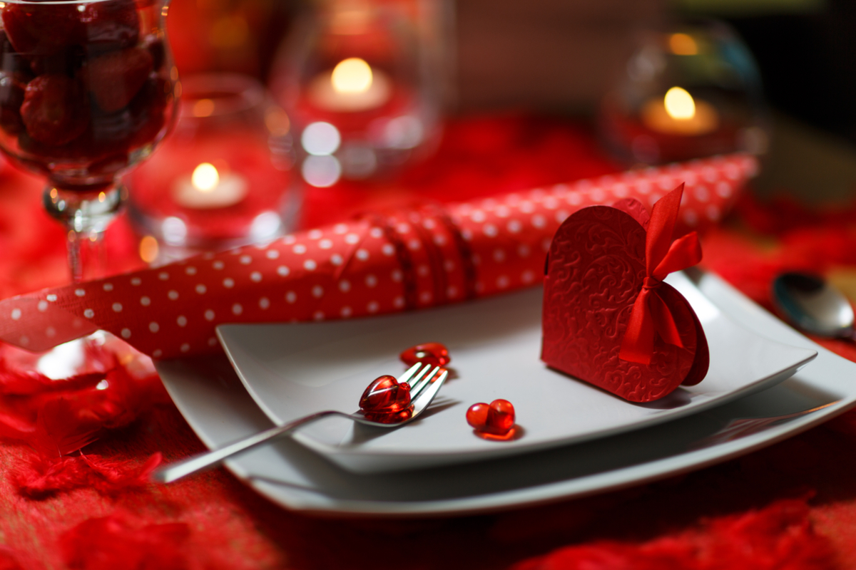 Láska prochází žaludkem – a platit to bude i letos na Valentýna 2017.
