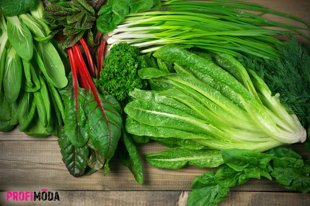 Víte, že velkým pomocníkem pro unavené oči je listová zelenina? Konzumujte ji v dostatečném množství a jaře ještě přidejte o 3 porce týdně navíc.