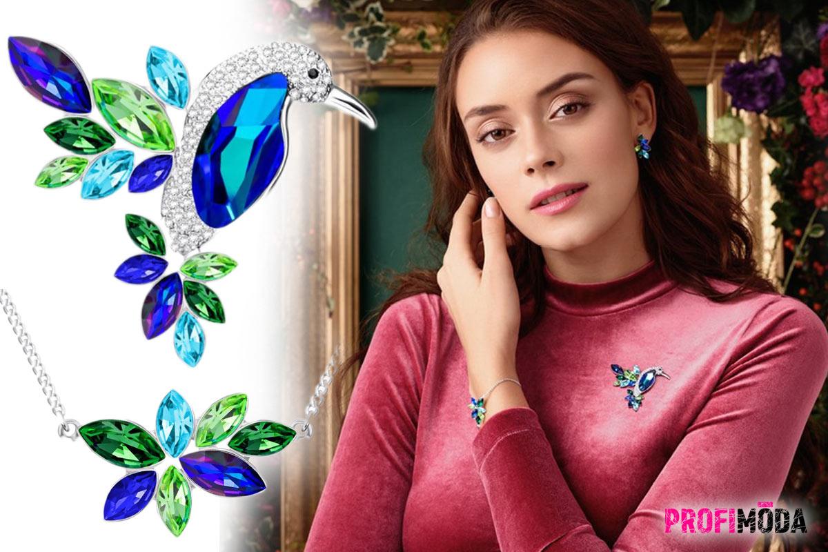 Tip na dárek ke Dni matek: Nádherným šperků Flying Gem by Veronika dominuje zeleno-modrá barva a motiv kolibříka.