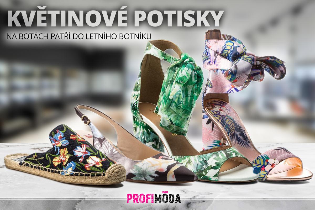 Když vzorované boty, tak letos s květinovými motivy.