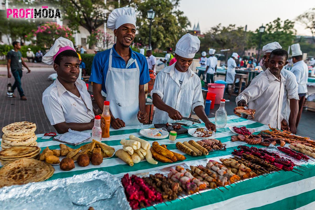 Tradiční Zanzibarské pochoutky.