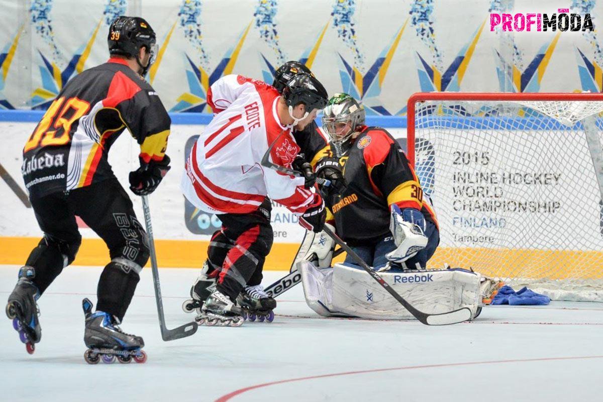Na kolečkových bruslích pro inline hokej si to užijete i s hokejkou.